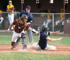 good position to see the tag and the base