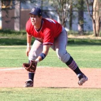 perfect infield ready position