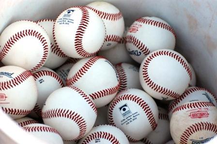 the object og baseball hitting vision