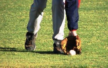 fielding outfield ground ball