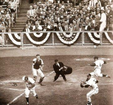 perfectly executed squeeze bunt, 1957 World Series