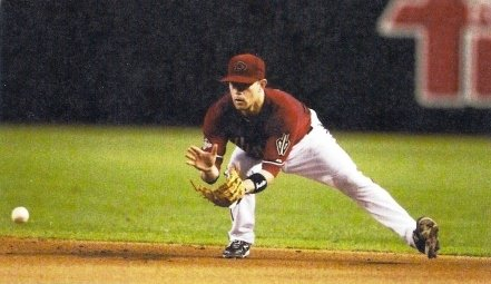 groundball perfection, hands out in front, eyes on the ball, knees bent