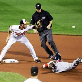 Successful force at second creates fielder's choice ruling for the batter