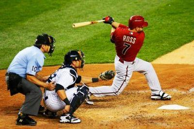 Cody Ross, balanced swing, hitting through the ball